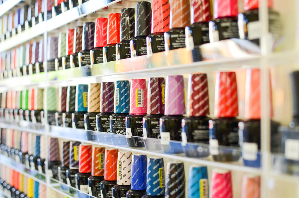 Polish paint for 10 over 10 nail salon