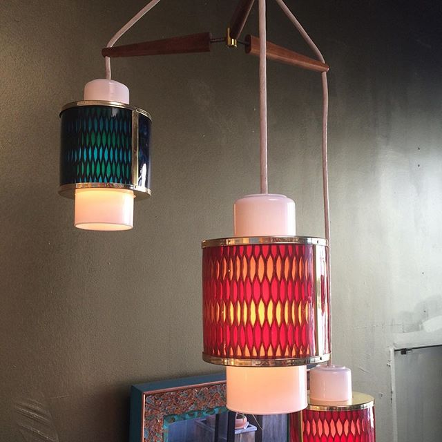 Moe Lighting circa 1965 #midcenturylights #vintagelight #vintage #oldlightfixture #midcenturychandelier #moelight