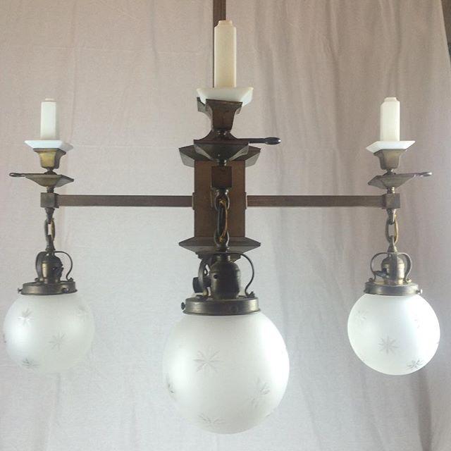 #gaselectricchandelier #vintagelight #vintage #antiquechandelier #oldlightfixture #victorianchandelier