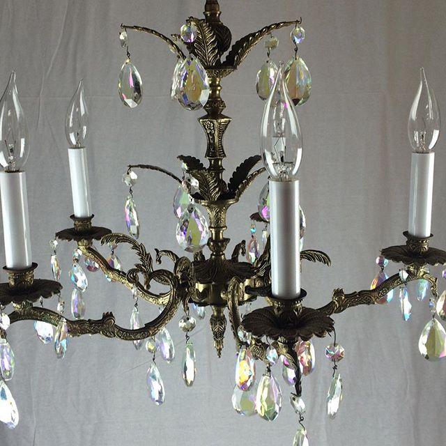 #midcenturylights #oldlightfixture #antiquechandelier #spanishchandelier #vintage #vintagelight
