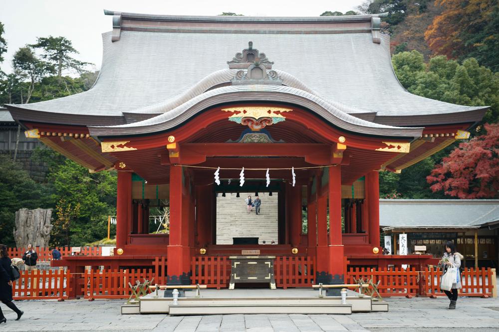 Tsurugaoka Hachimangu Shrine Maiden, lower hall