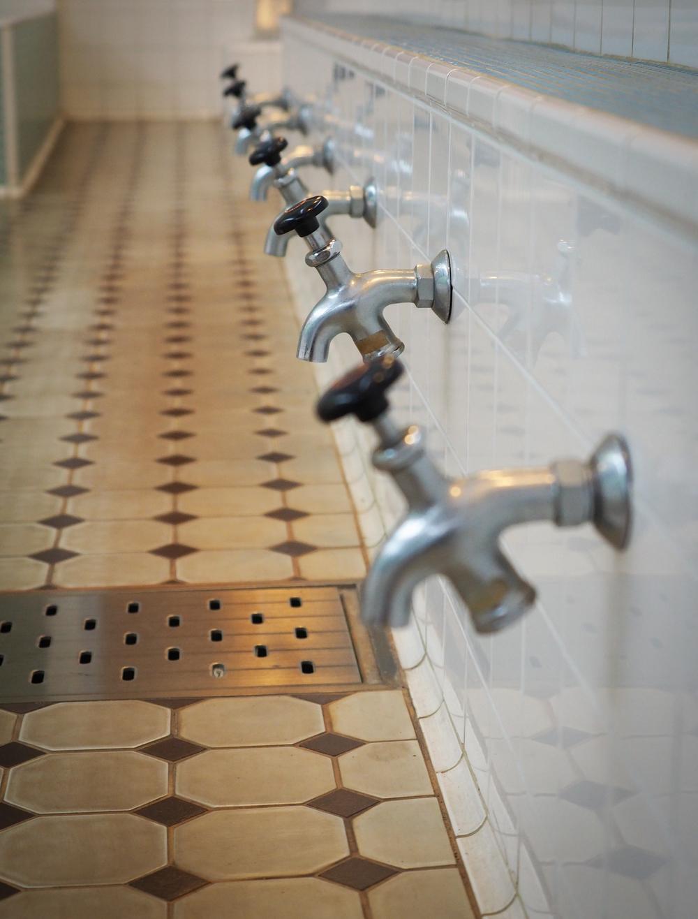 public bath taps