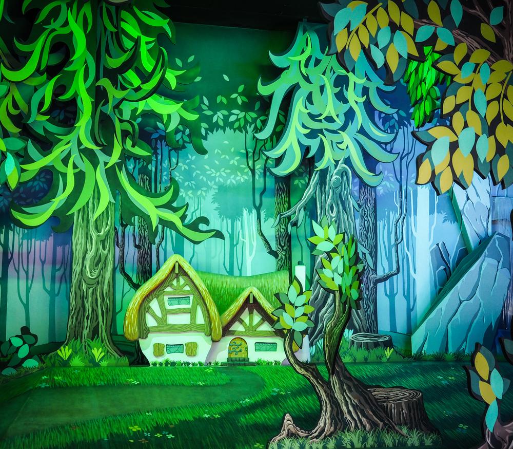 Inside the creepy Snow White ride