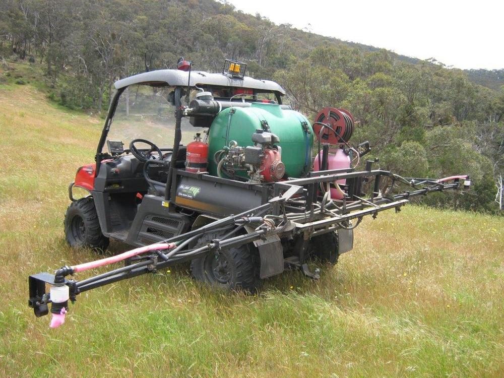 Specialty boom spray work in a range of agricultural situations, turf and small acreages.