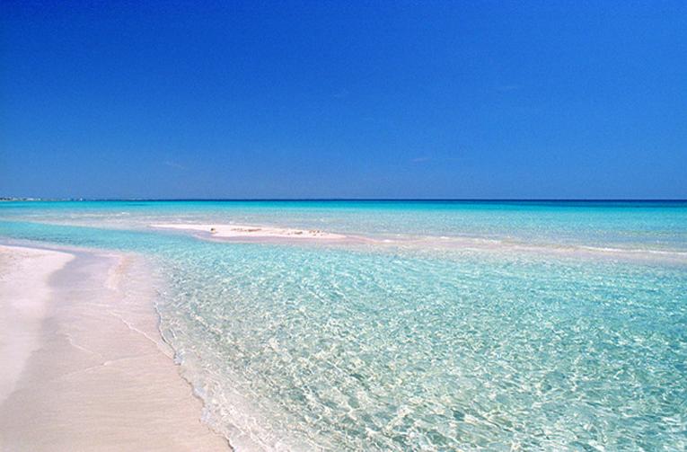 Spiaggia di San Pietro in Bevagna, Manduria.