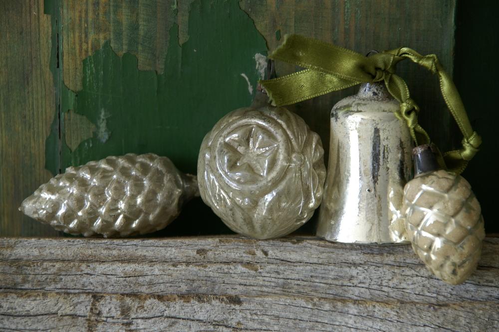 PurchasedVintage Ornaments OM LARGE IMAGE shutterstock_29488582 (1).jpg