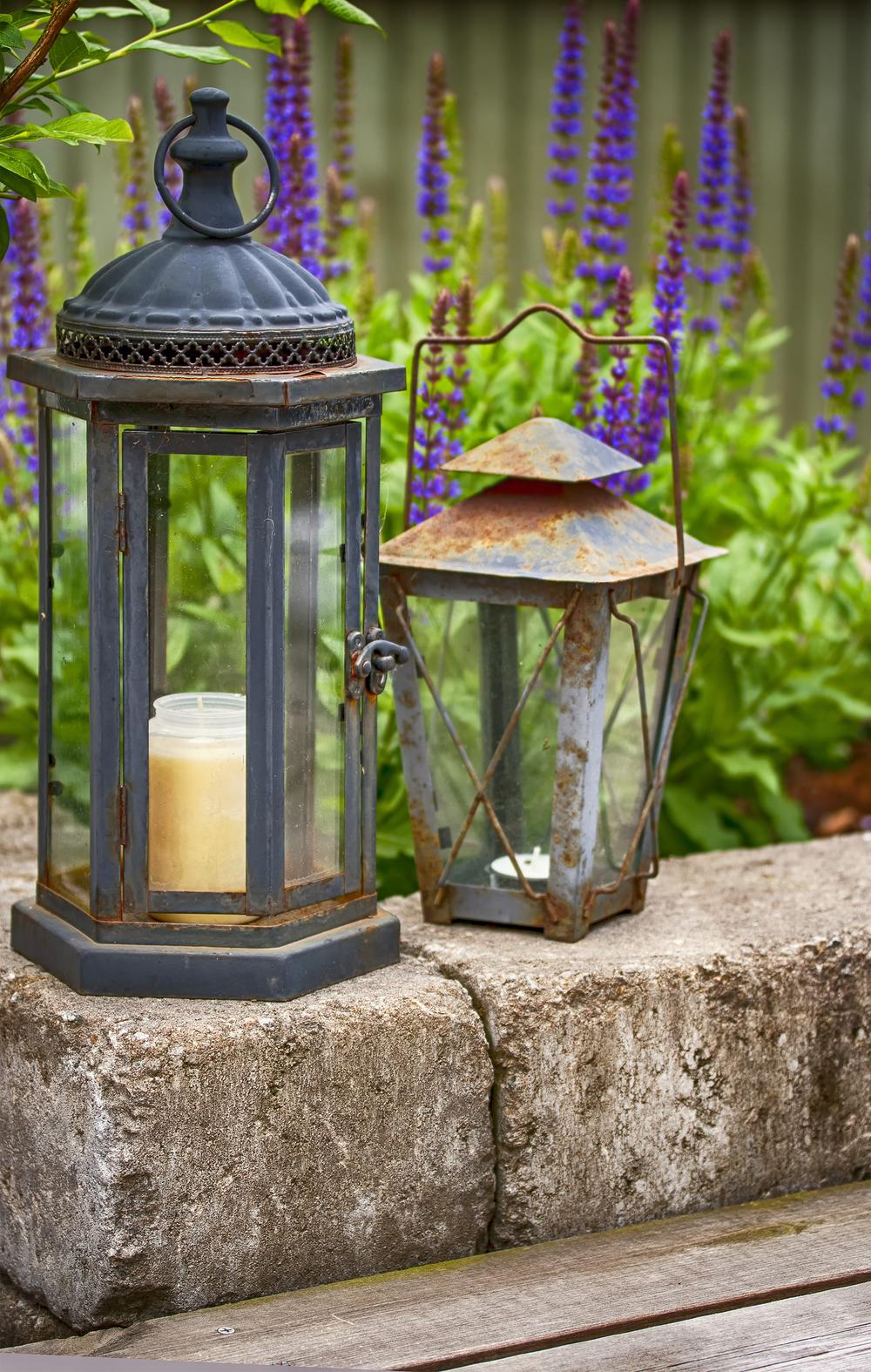 Purchased Lanterns shutterstock_291322772.jpg