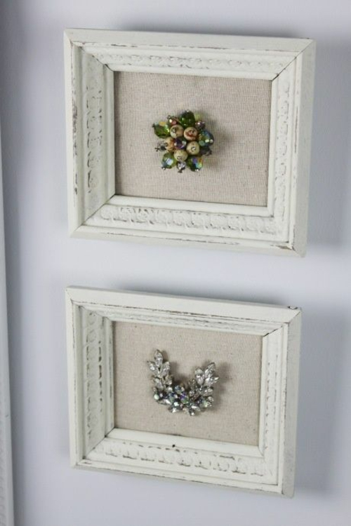 freetouse frames with jewelry.jpg