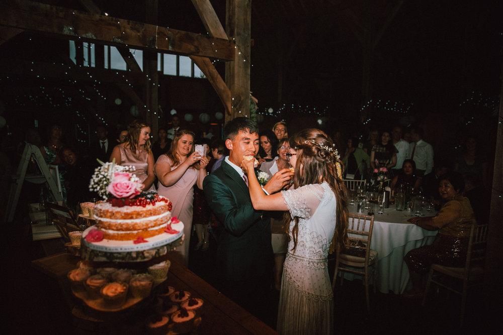 Mark & Rosalie - 01 Cake (6 of 9).jpg