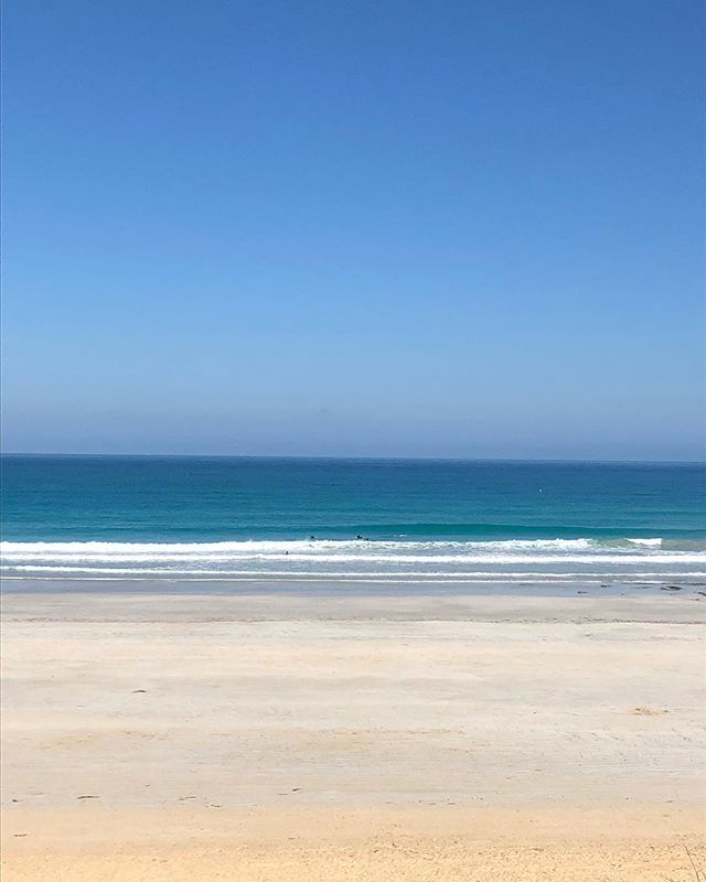 Yep, the sand is that white, and the water is that blue! #nofilterneeded at Cable Beach Broome.