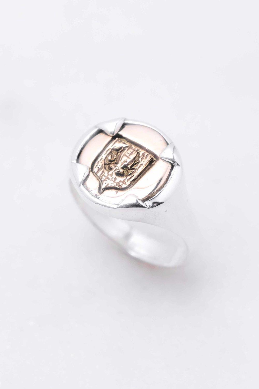 men-women-custom-signet-ring-silver-bronze-4.jpg