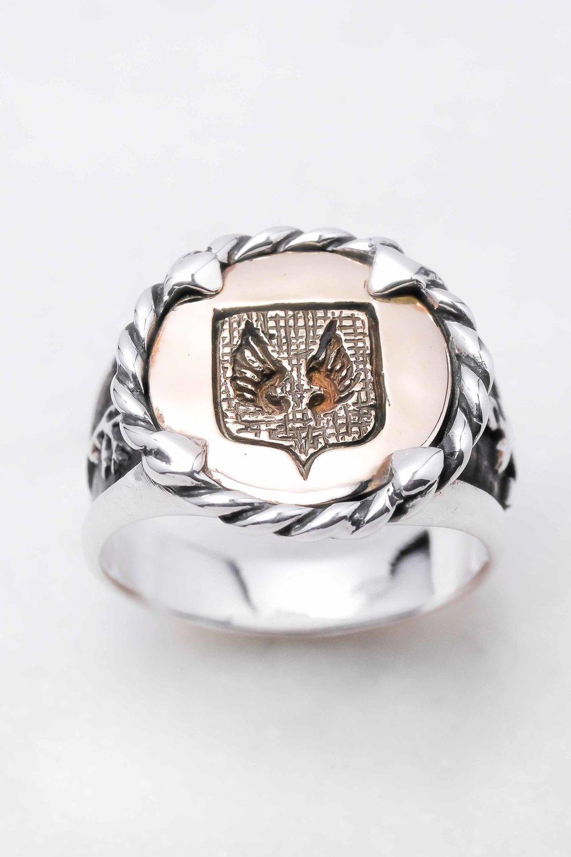 men-women-custom-signet-ring-silver-bronze-8.jpg