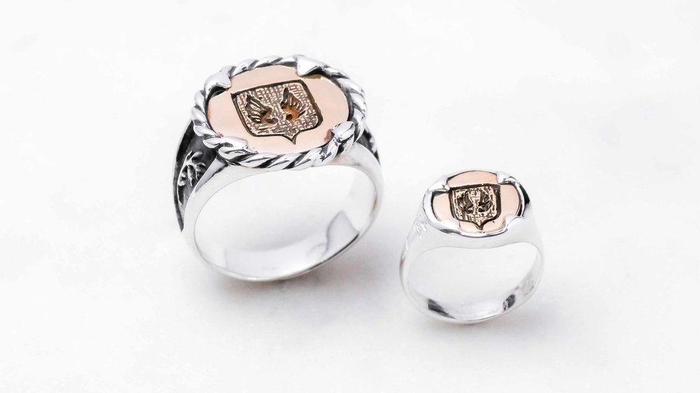 men-women-custom-signet-ring-silver-bronze-22-1.jpg
