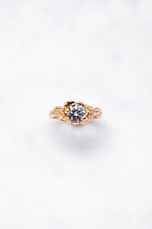 gold-ring-diamond-orphea-the-black-alchemy-15.jpg