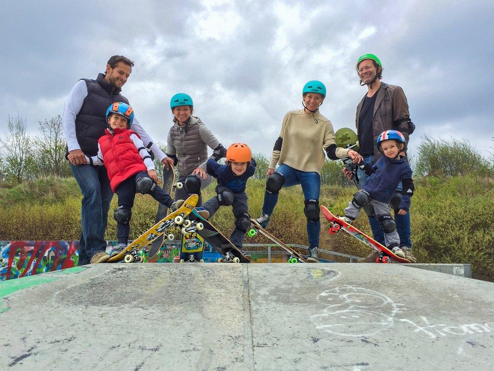 Family Skatekurs Familien Skatekurs Skateboardkurs Skateworkshop Skaten lernen für Erwachsene München .JPG