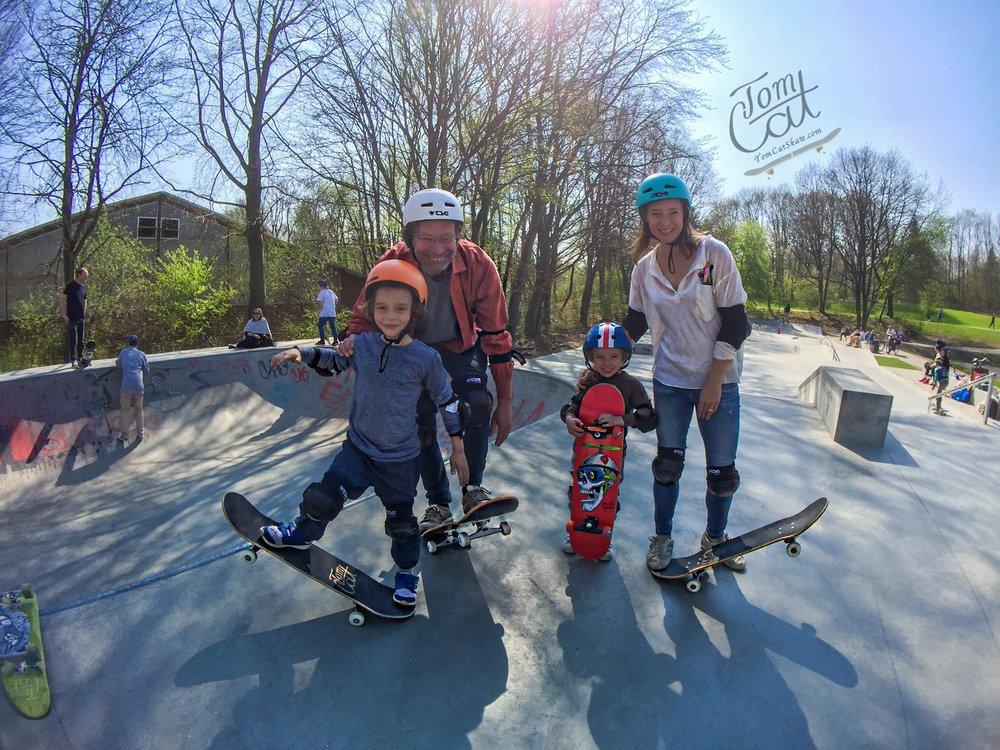 Wacker Park München Skaten lernen Erwachsene Kinder .JPG