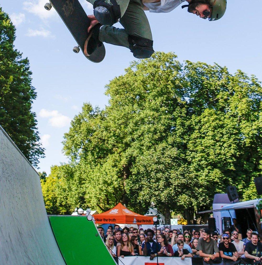 Skateboard Meister Stuntman München Berlin Tom Cat Kleinhans Bad Tölz.jpg