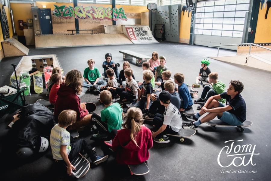Kursbeginn Webversion Skateboardkurs Freising Anfänger Skateboard Kaufen.jpg