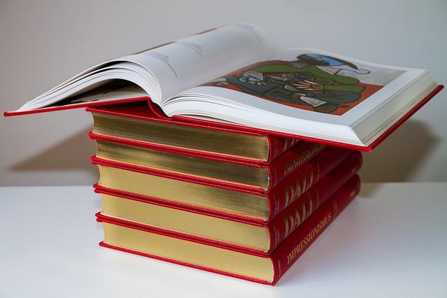 book-3012622_640.jpg