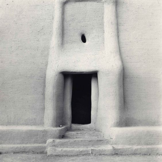 Africa |Carrie Mae Weems, 1993. Mud architecture, Djenne, Mali