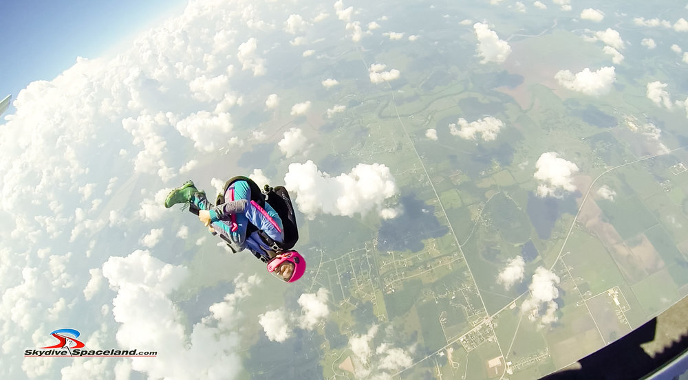 Skydiving Day-Video Screenshots-0017.jpg
