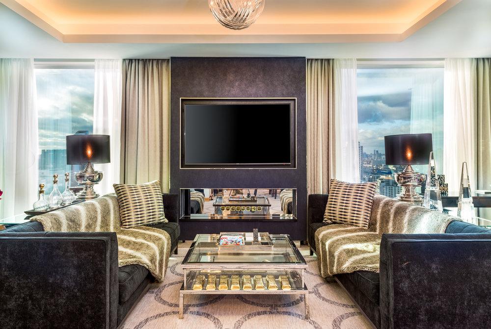 1706 Penthouse suite-1 (8).jpg