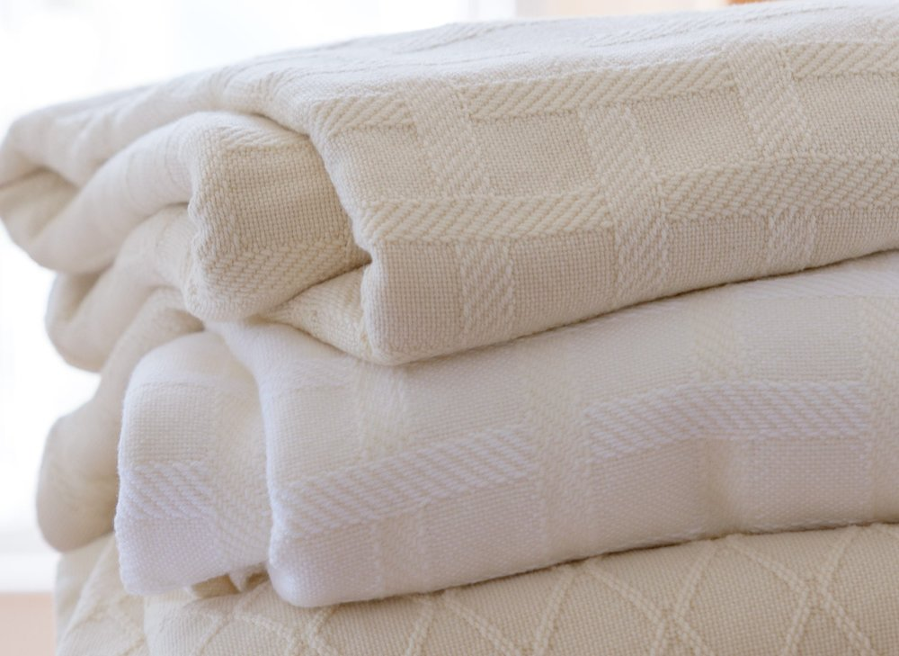 italian brands sferra frette and anichini make beautiful sateen sheets with damask patterns woven into the cotton
