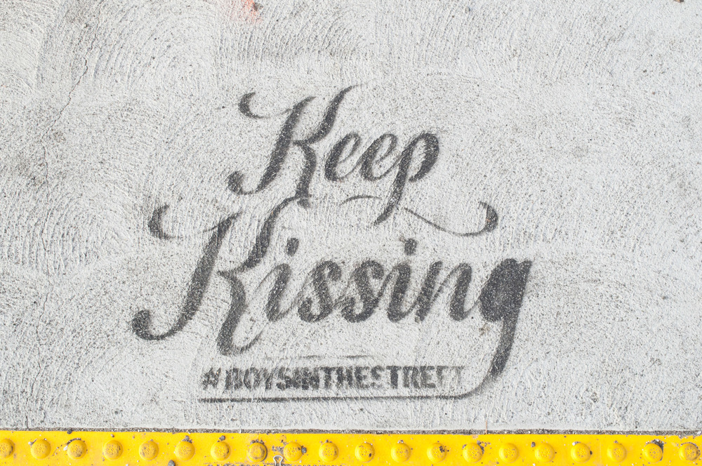 keep kissing la