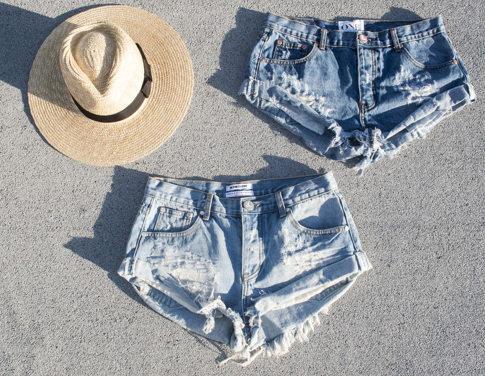 one teaspoon shorts ootd