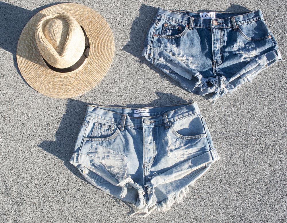 one teaspoon shorts ootd