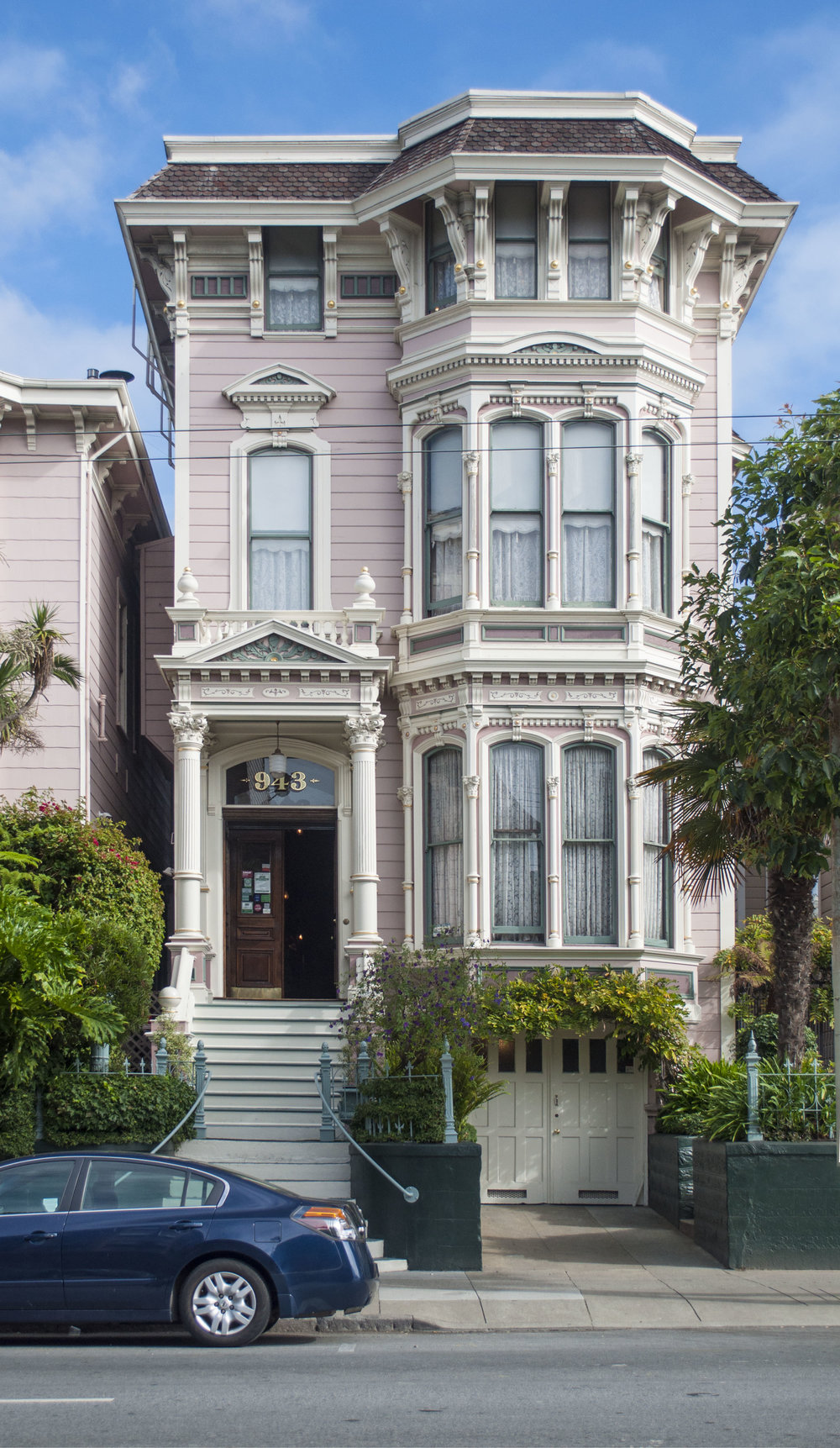 pastel houses in san francisco