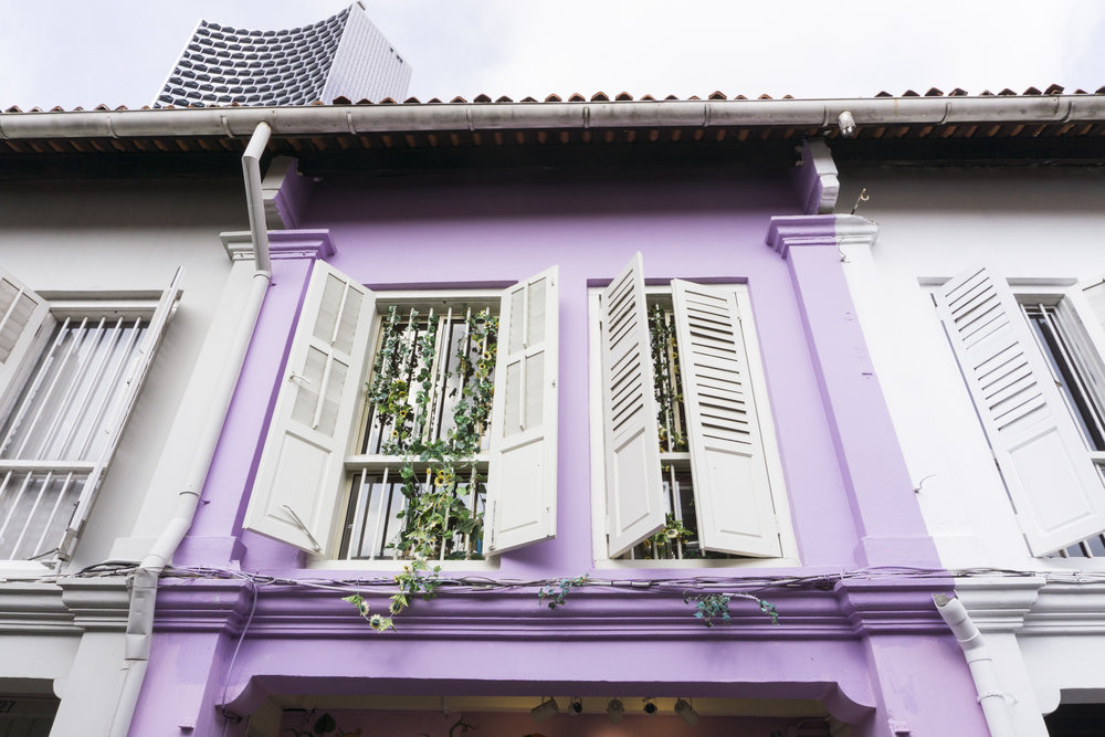colorful buildings in singapore haji lane