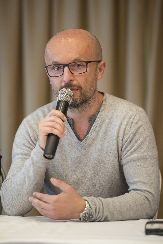 Česko-slovenský film Wilsonov (2015) režiséra Tomáša Mašína (na fotografii) vznikol v koprodukcii spoločností PubRes (SR) a FilmBrigade (ČR) s verejnoprávnymi televíziami RTVS a ČT.