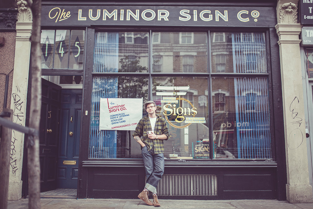 - A little about Luminor Sign Co: Lettering artistGed Palmer opened up shop at 145 Bethnal Green Road in March 2017, basing the shop on the original 'Luminor Sign Co' which stood on the corner of Old St & City Rd and closed it's doors in 1938.