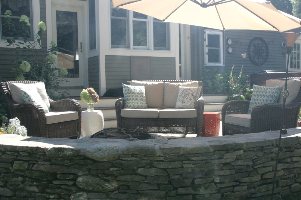 Thin Fieldstone Sitting Wall added to existing patio