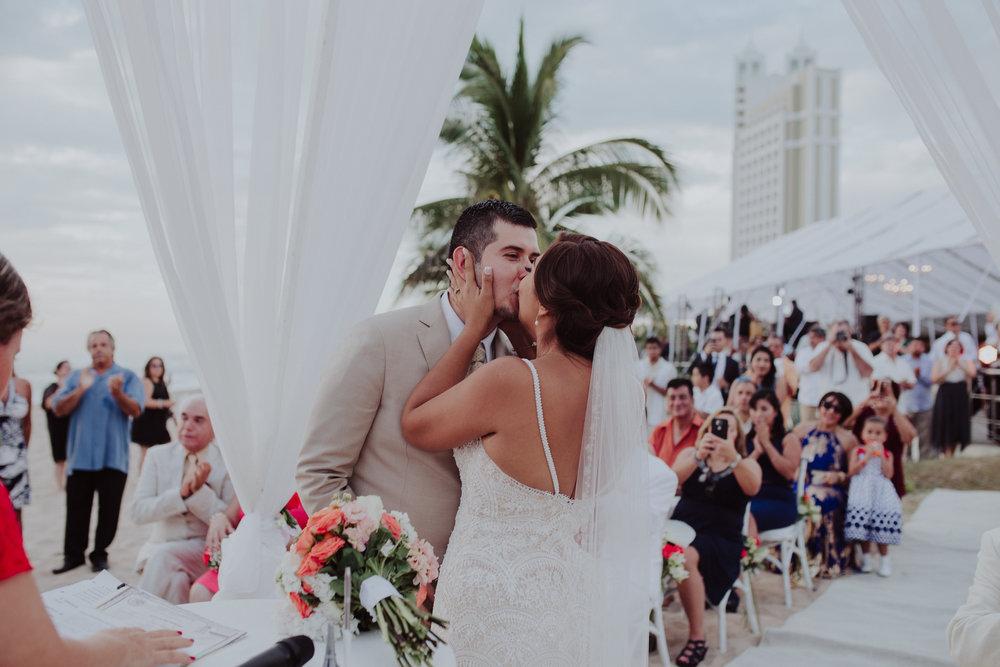 Boda_de_destino_en_mexico_mazatlan_sinaloa_wedding-135.jpg