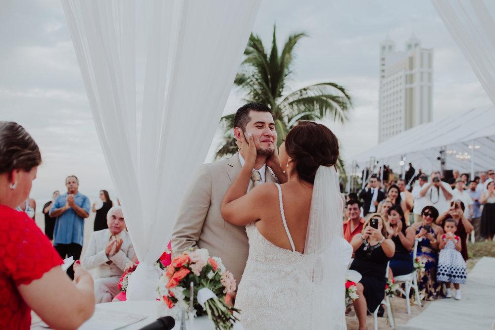 Boda_de_destino_en_mexico_mazatlan_sinaloa_wedding-136.jpg
