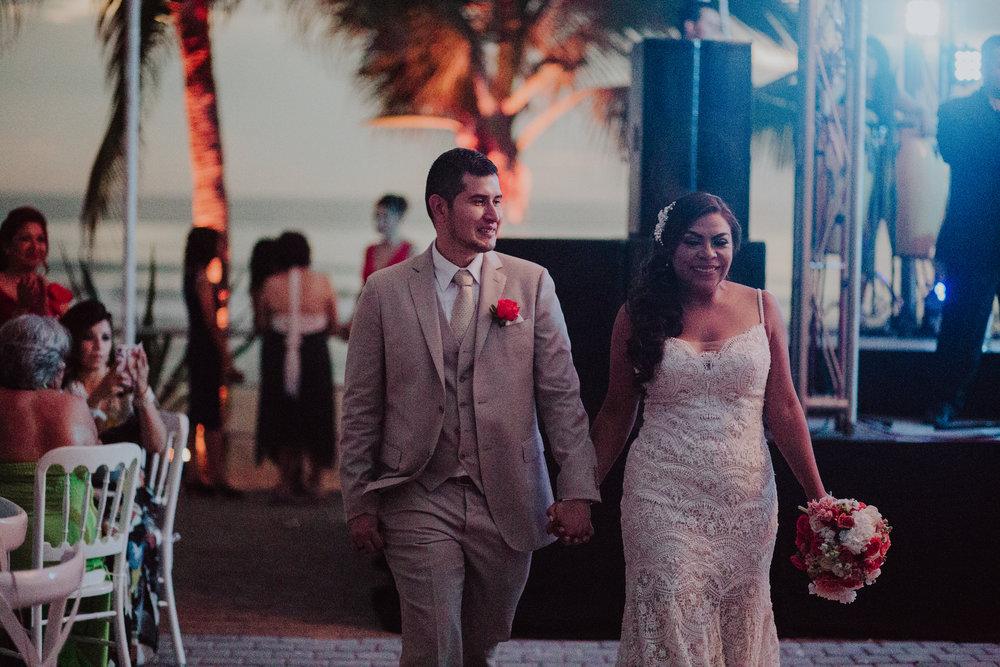 Boda_de_destino_en_mexico_mazatlan_sinaloa_wedding-199.jpg