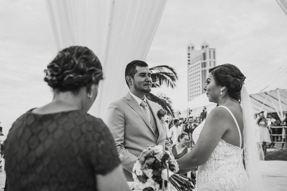 Boda_de_destino_en_mexico_mazatlan_sinaloa_wedding-130.jpg