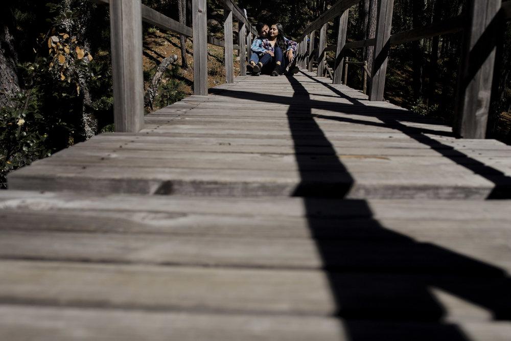 Sesion_pre_boda_en_puentecillas_lago_senderos_belinda_tere_12.jpg