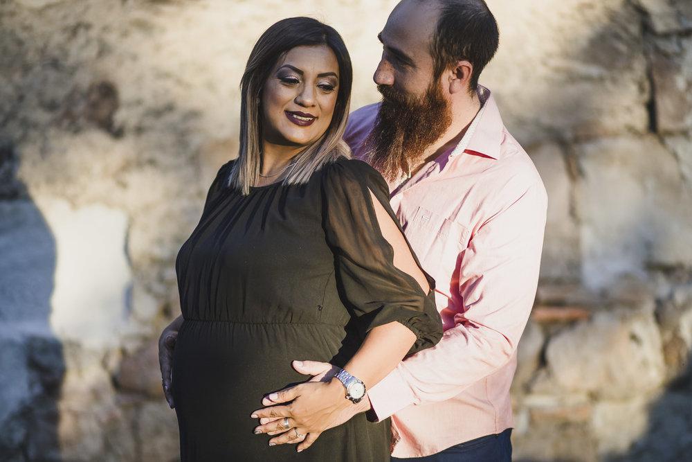 Sesion Prenatal en Parque Primera Fundidora en la Ferreria Durango_18.jpg