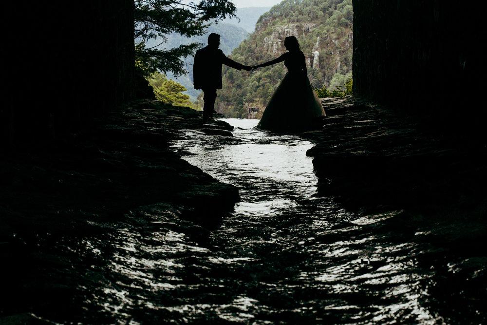 Trash_the_dress_en_sierra_cascada_mexiquillo_durango-boda_06.jpg