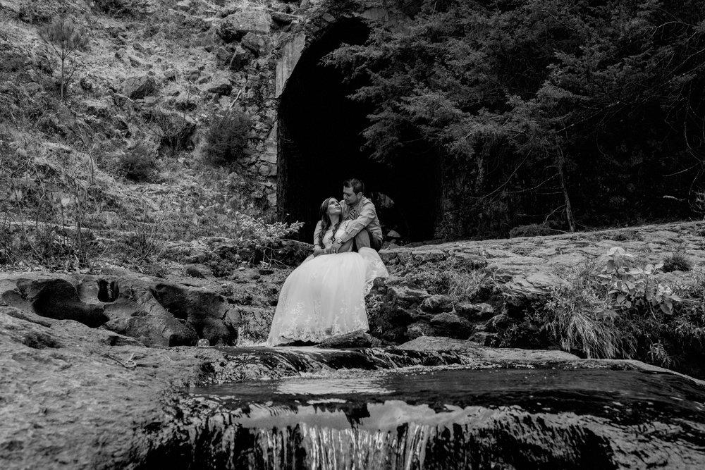 Trash_the_dress_en_sierra_cascada_mexiquillo_durango-boda_025.jpg