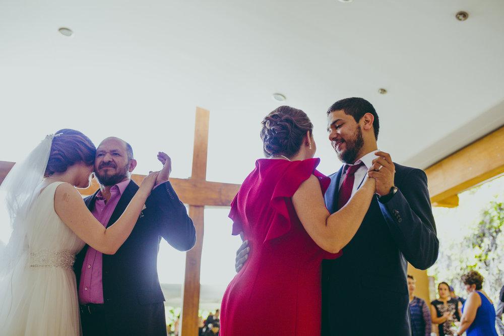 Boda-en-durango-mx-el-circulo-bodas-de-dia-fotografo-18.jpg