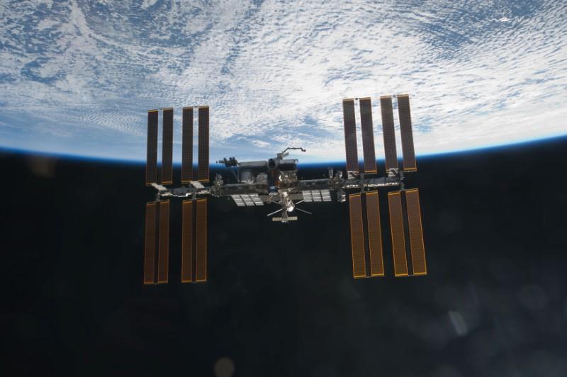 Estación Espacial Internacional fotografiada desde el Transbordador Discovery. Foto: NASA/Reuters (handout)