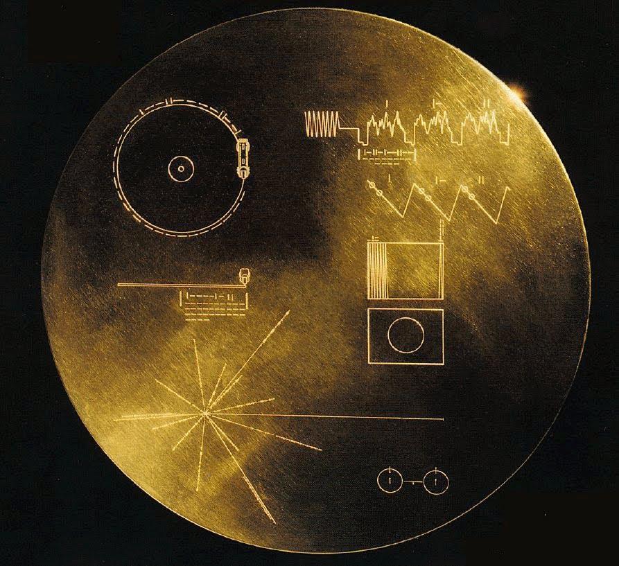 Disco de oro con información sobre la humanidad a bordo del Voyager 2. Foto: NASA