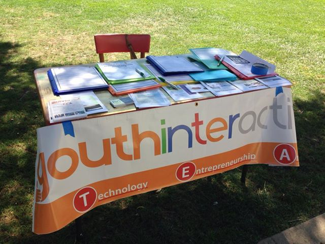 Today we set up a table at Santa Barbara High School for Fall program sign-ups! It was wonderful meeting so many creative young people who are interested in art :) We can't wait to see how they use their imagination at the center.