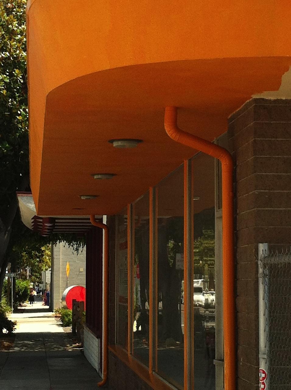 Youth Interactive Santa Barbara has been given its orange facelift - !!