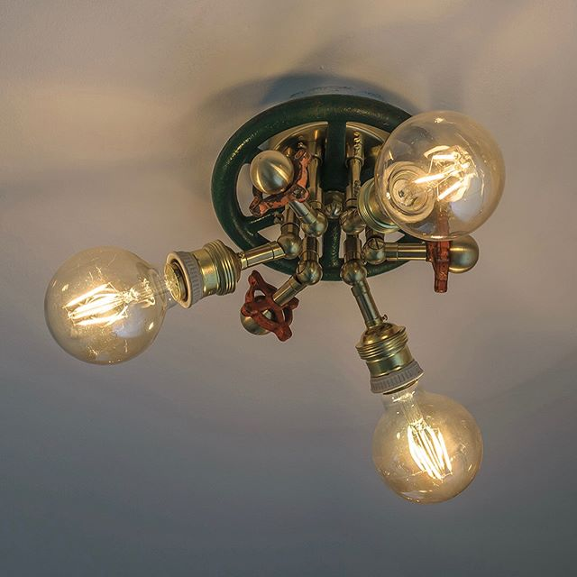"New Rusty Remakes Signature ""Springtime"", now available at rustyremakes.com. Eye catching and unique Rustic Style Lamp. Designed from American vintage valves and fitted with numerous exclusive brass details. Can be used either as a ceiling lamp in spaces with low ceiling height, or as a wall lamp. ✨"