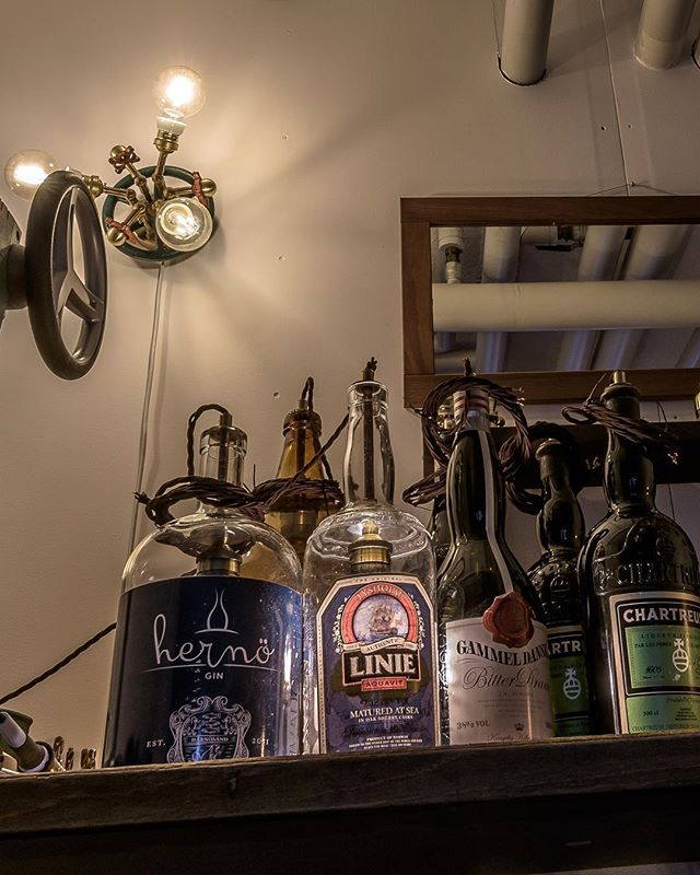 Restaurant @tvasmasvin wanted some genies in their bottles. Not my regular cup of Irish coffee but hey, everything is possible! ✨ . . . . . #RustyRemakes #CreativeDesign #Concept #Design #Designlamp #Decor #Idea #IconicLighting #Interior #Industrial #InteriorDesign #Industrialdesign #IndustrialDecor #Interior_Delux #Lamp #Lamps #Lightdesign #LightingDesign #MadeInSweden #Scandinaviandesign #Swedishdesign #Swedishdesigner #UniqueLamps #Vintage #Vintageindustrial #gocatchsomeswag #tvåsmåsvin
